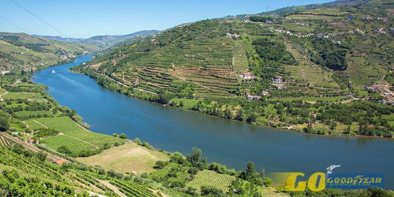 Pelo Vale do Douro - Quilometrosquecontam