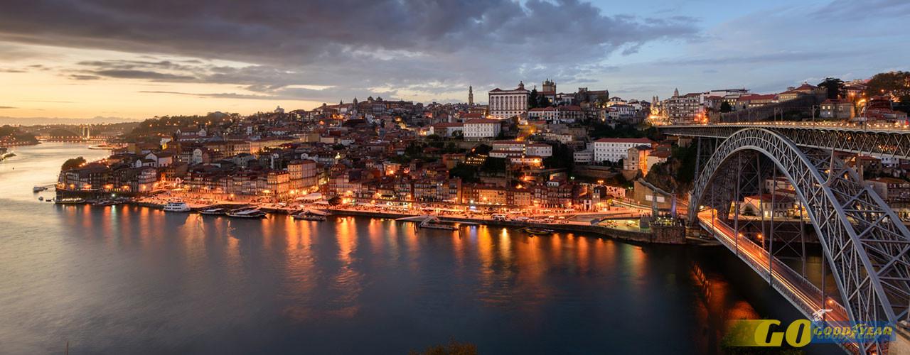 A montante do Porto