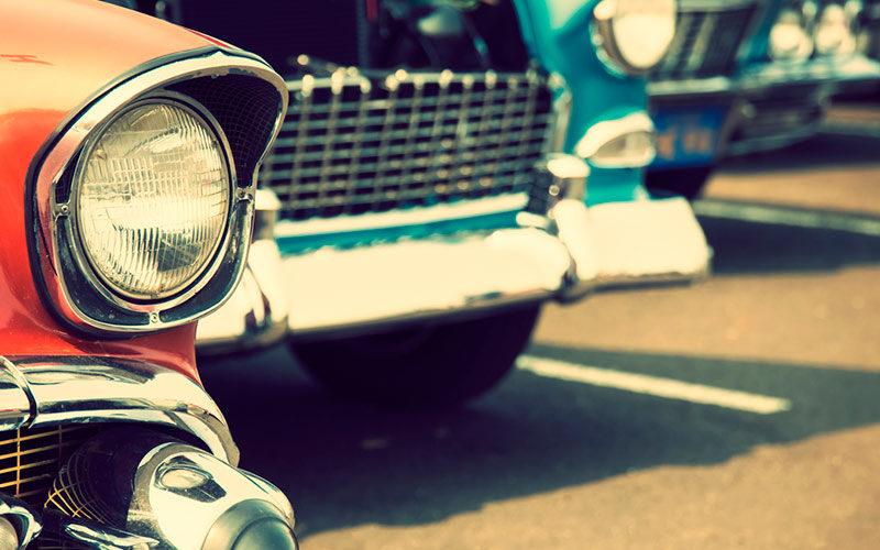 Breve história e evolução dos faróis de automóvel