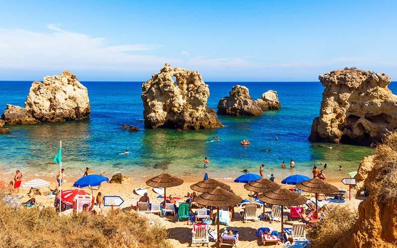 Como e onde é que os portugueses passam férias em 2017?