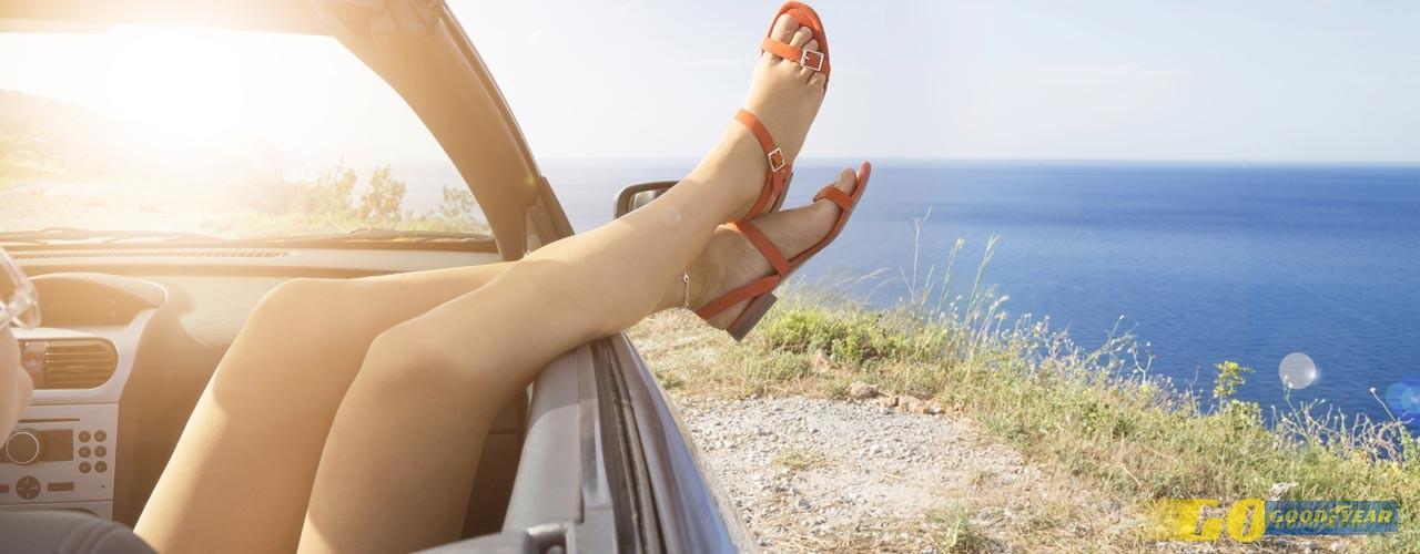Com a chegada do bom tempo, quem ainda não tem um, anda de certeza a sonhar com carros descapotáveis.