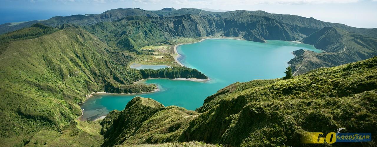 São Miguel, ilha da Caldeira Velha e do Bolo da Sertã