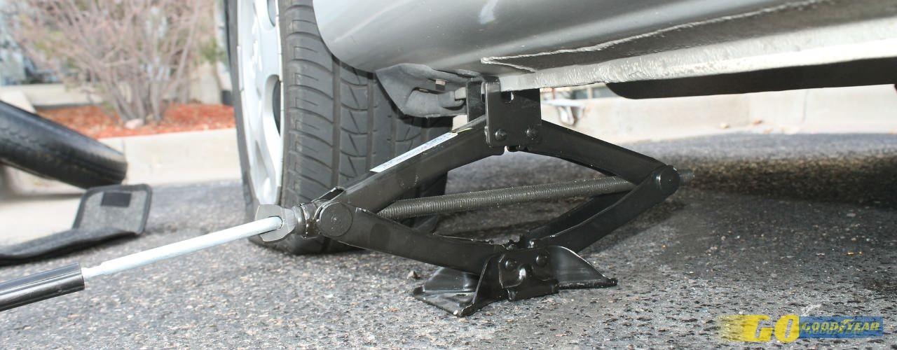 Como trocar pneus: guia para trocar facilmente de pneus